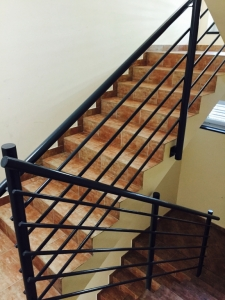 Előregyártott lépcső Egyenes karú lépcső