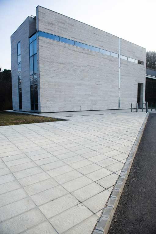 Leier Centrum finomszórt burkolólap - világosszürke